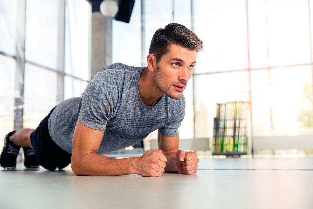 Фитнес-упражнения для проработки пресса для мужчин
