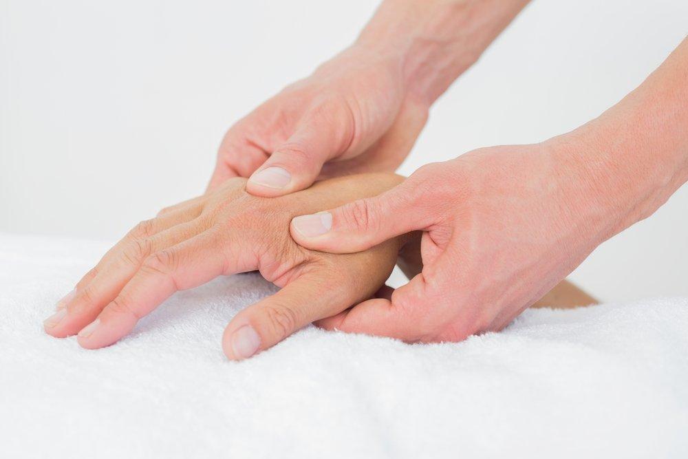 Изменение цвета ногтей в связи с обменом веществ