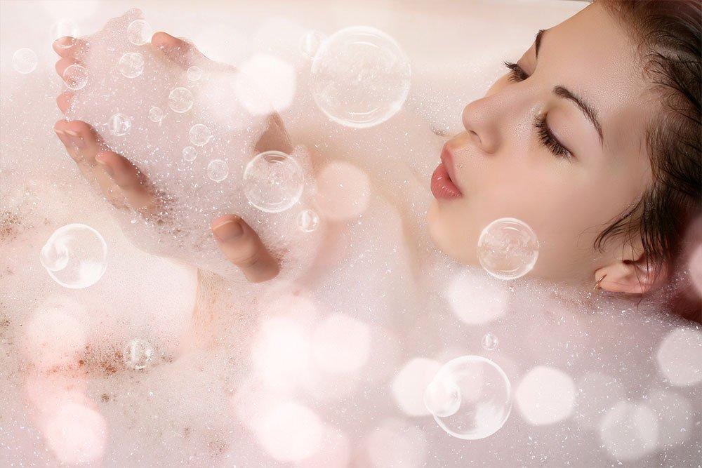 Как принимать омолаживающие ванны для красоты покровов?