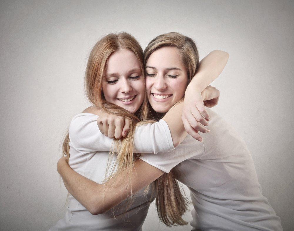 Стихи о дружбе и сексуальном влечении