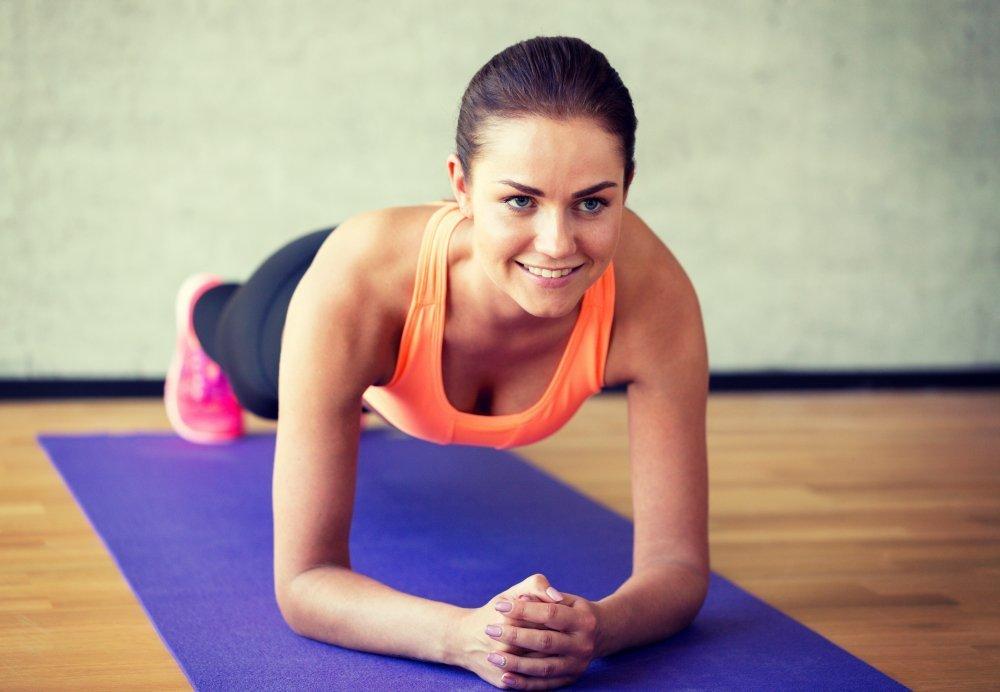 Основной фитнес-комплекс пилатеса в домашних условиях