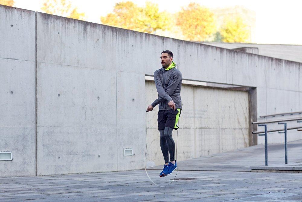 Чем полезны фитнес-тренировки со скакалкой?