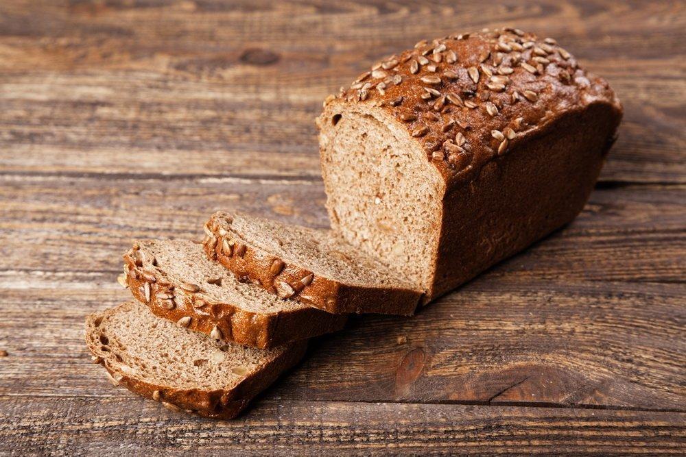 Миф 7: От черного хлеба не поправляются, поскольку он содержит клетчатку