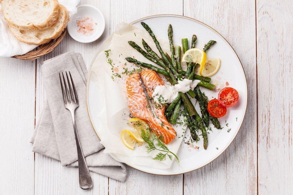 Блюдо от головной боли: филе лосося в панировке из хрена