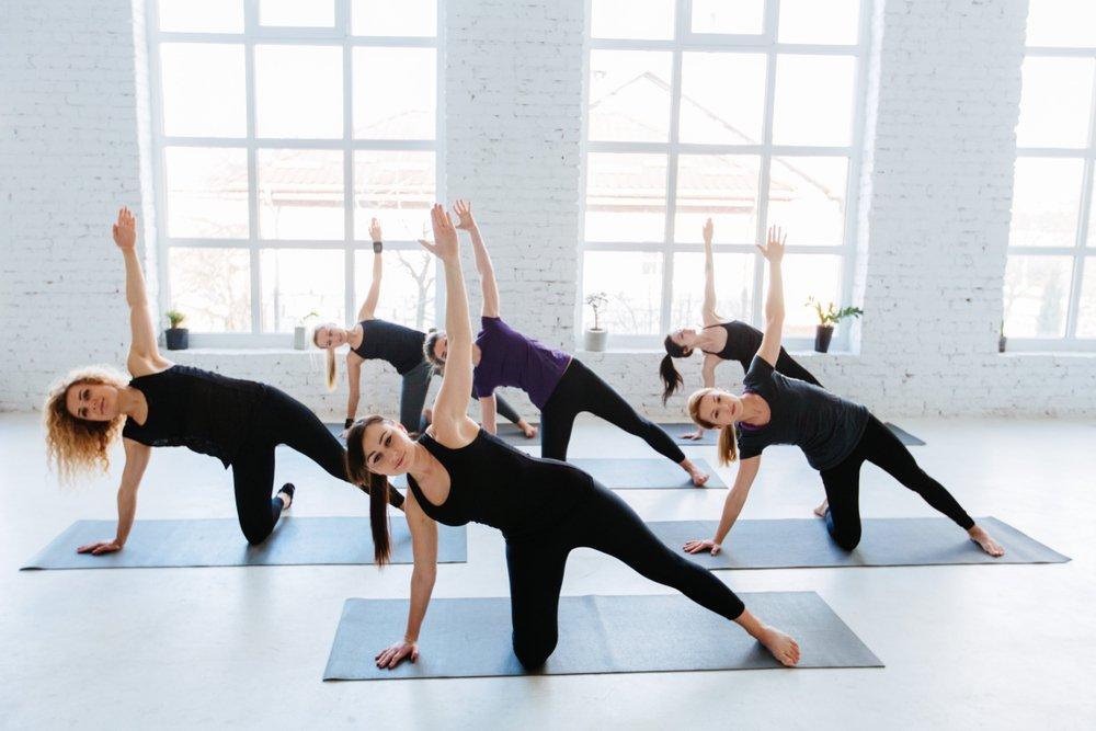 Боковая планка — виды упражнения для мышц кора