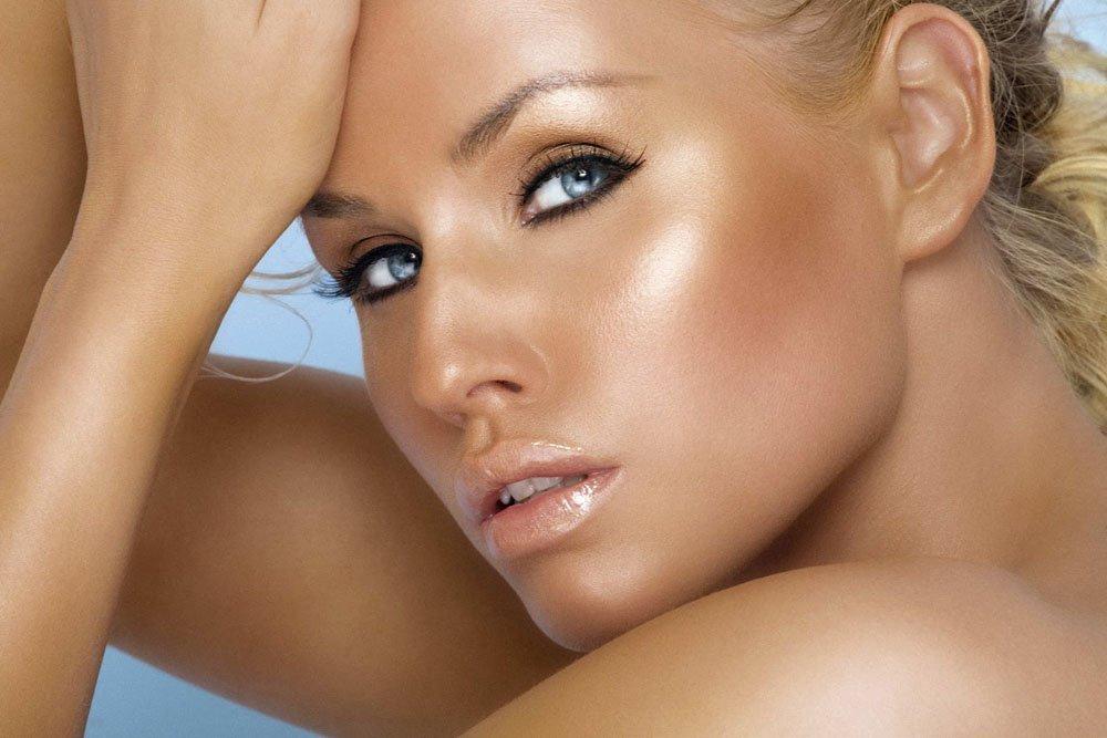 В каких случаях использовать бронзер в макияже?