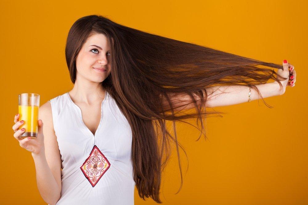 Почему волосы электризуются?