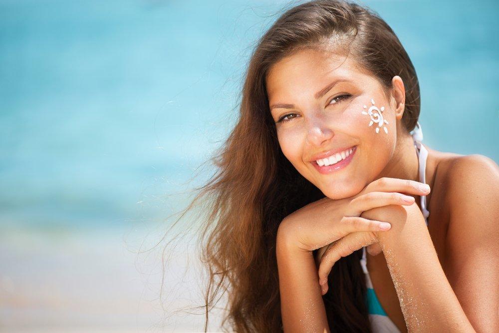 1. Защищать кожу от солнца