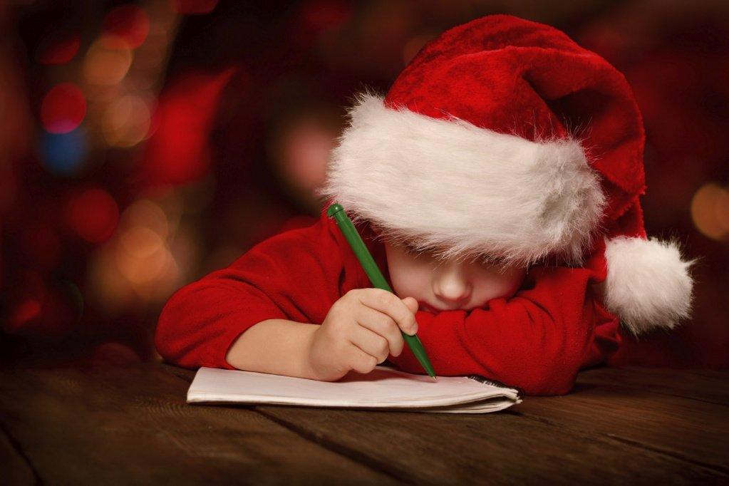 С какого возраста писать письмо Деду Морозу?