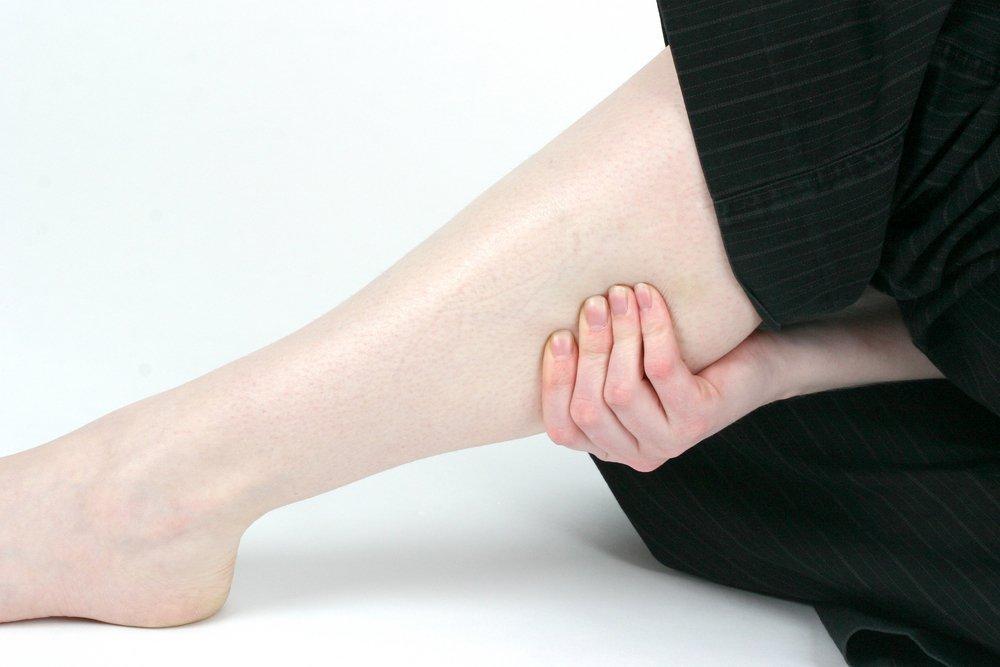 Как уменьшить боль и отечность ног?