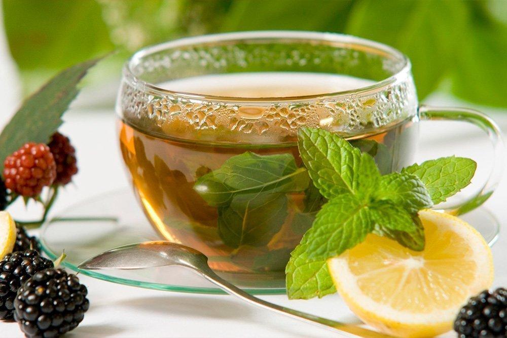 Полезное сочетание продуктов питания: цитрусовые и зеленый чай