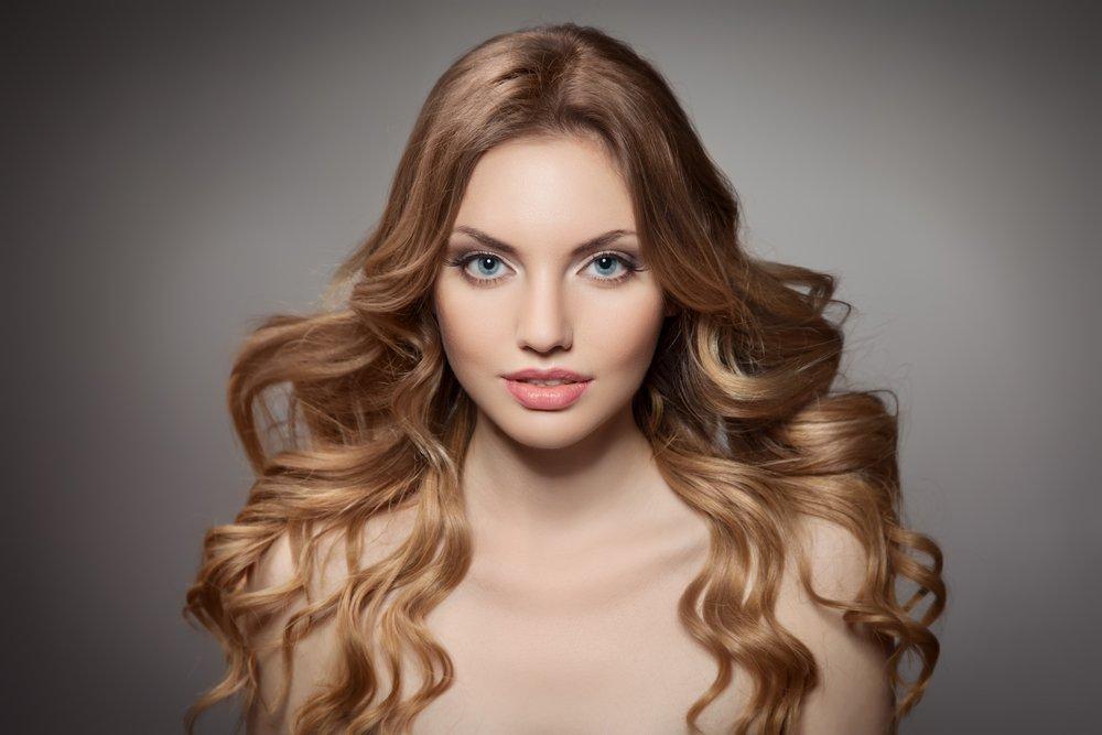 Простые укладки для длинных волос