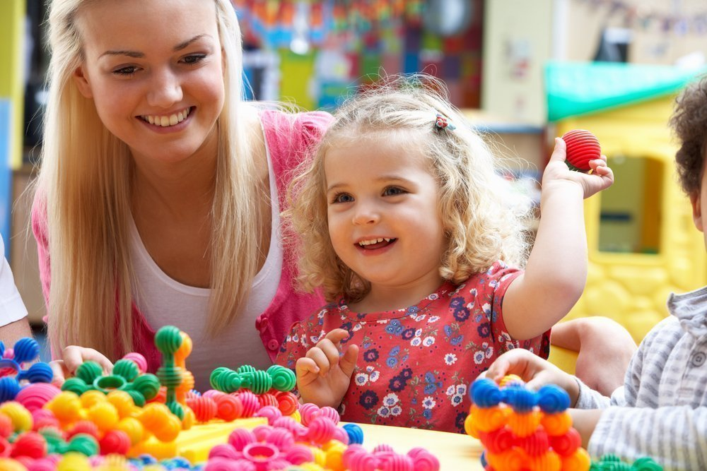 Зачем отдавать ребенка в детский сад?