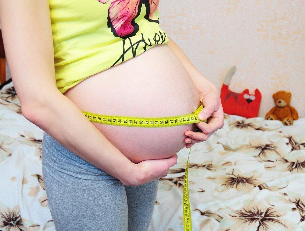Особенность беременности у юных матерей