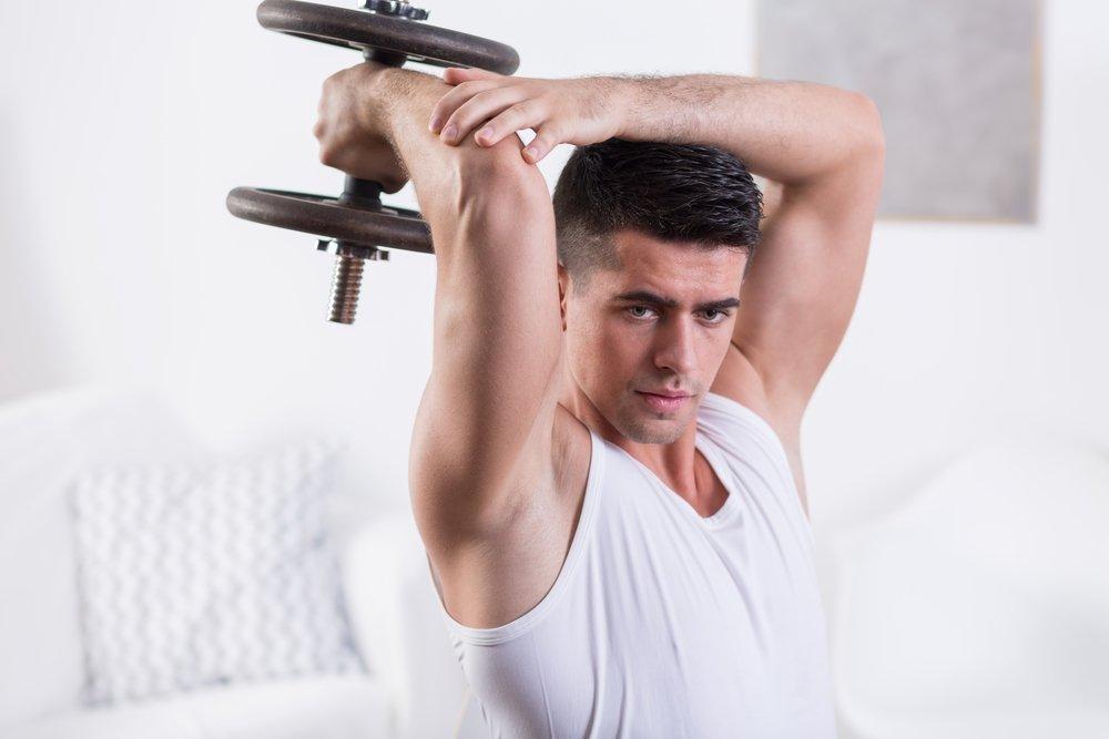 Силовой фитнес с гантелями для груди и спины