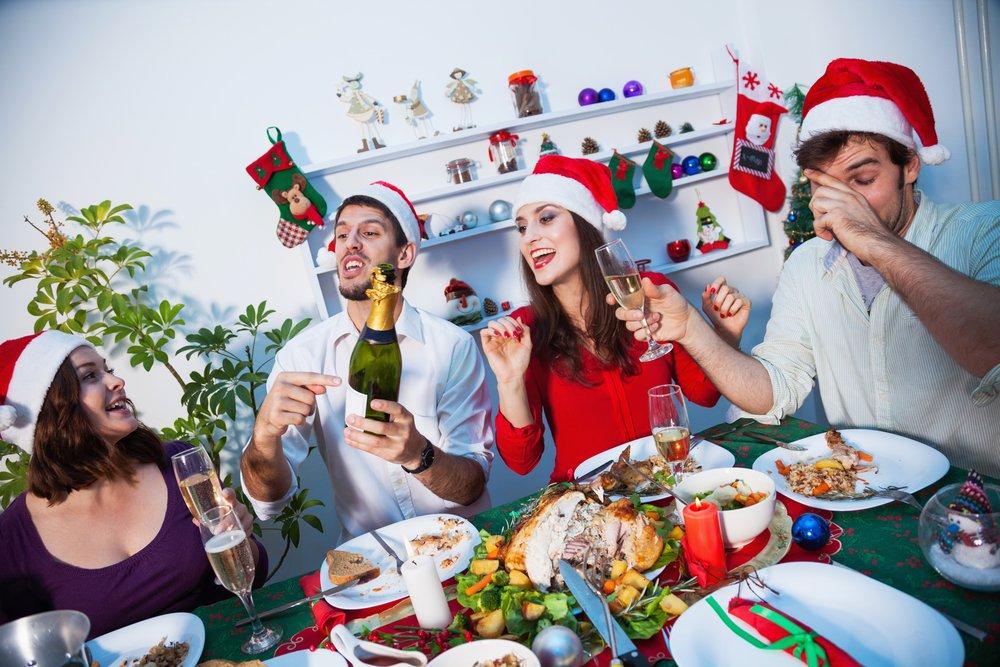 От гастрита до панкреатита: хронические болезни и новогоднее застолье