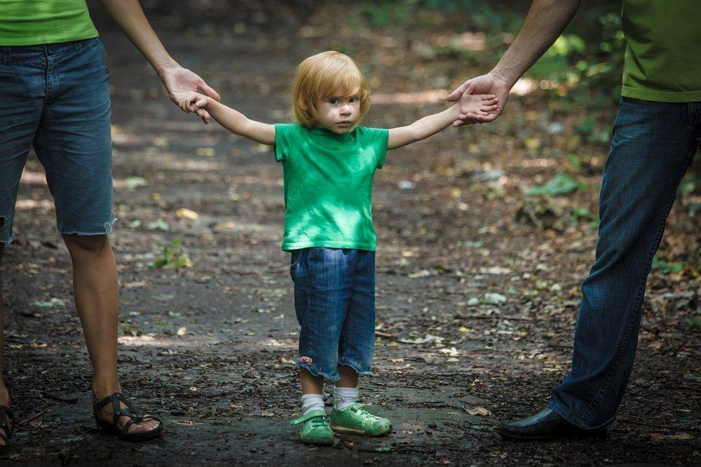 Родители в разводе: как вести себя с ребенком