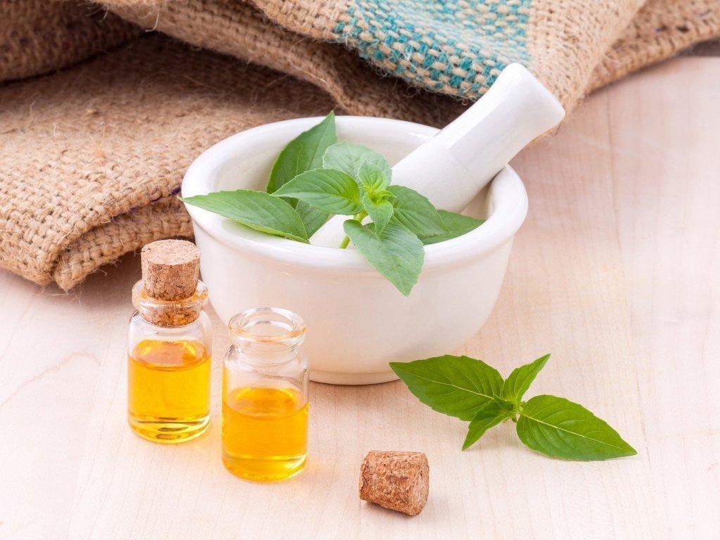 Зеленый чай: снятие отеков на веках и покраснений на лице