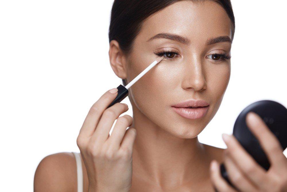 Корректор ошибок макияжа