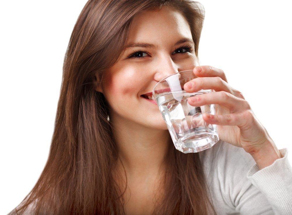 13. Пейте воду