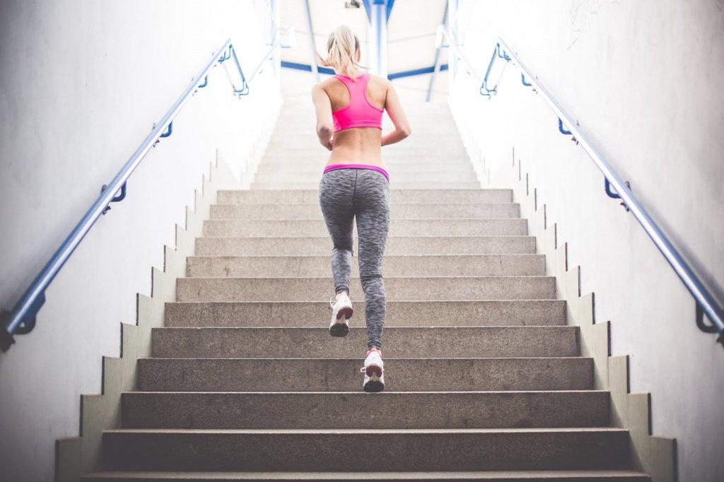 2. Пробежка по лестнице Источник: blogspot.com