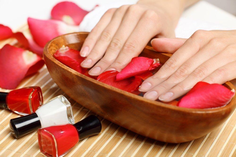 Эффективный уход: ванночки от расслоения ногтей