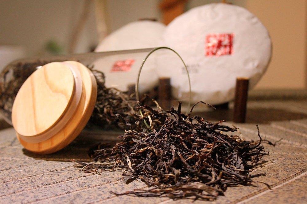 Красота и здоровье волос: польза черного чая