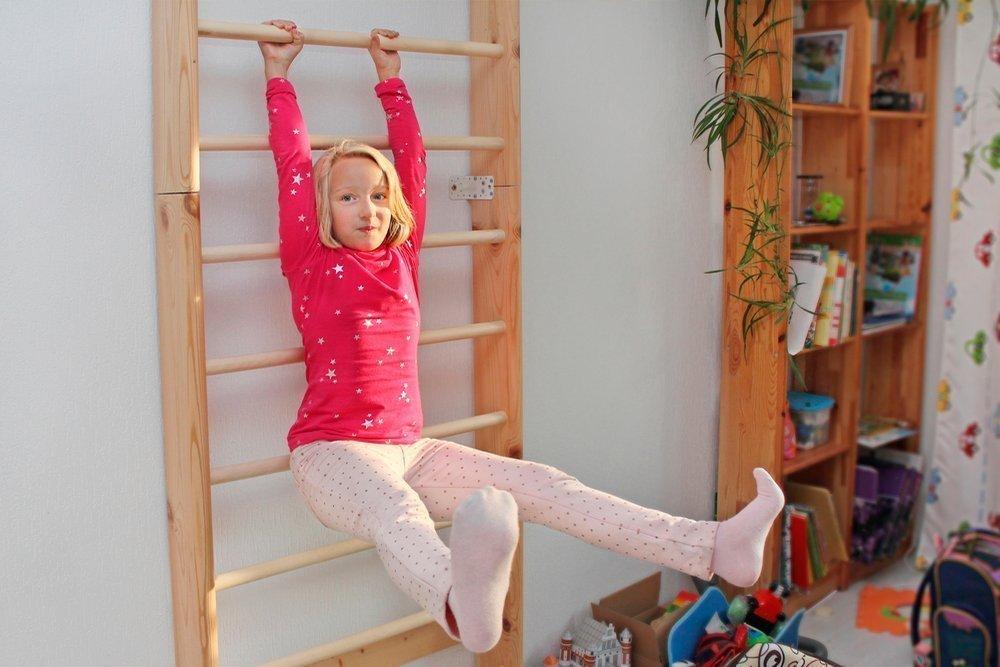 Техника безопасности детей на гимнастической лестнице