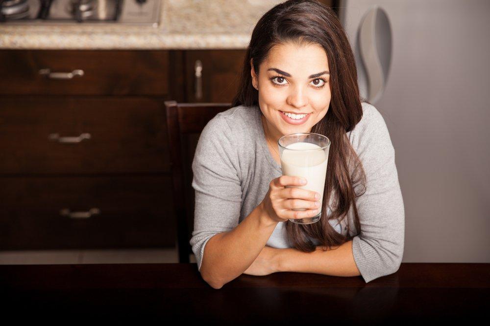 Бактерии в молоке: какие опасны