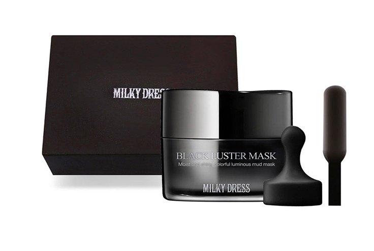 Black Luster Mask от Milky Dress Источник: m.buro247.sg