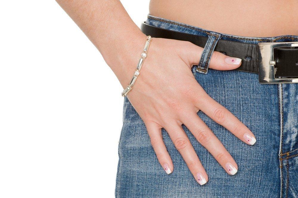 Дизайн ногтей «Потертые джинсы»