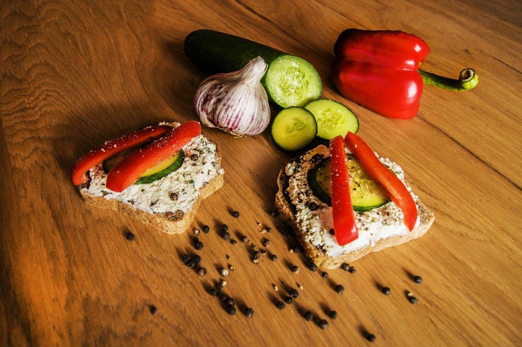 Творожный мусс с овощами