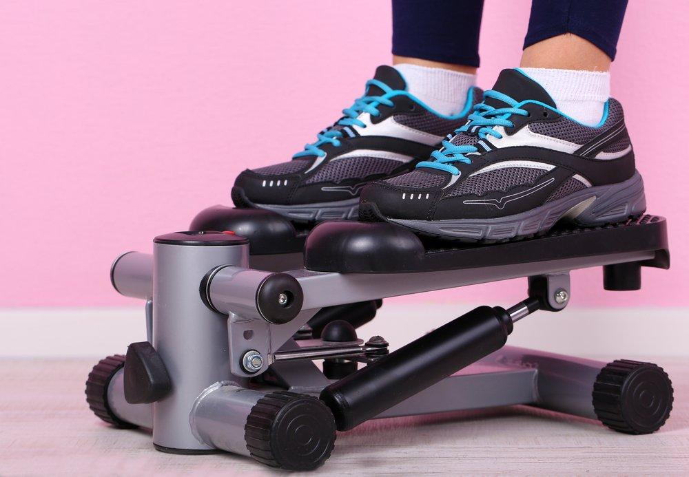 Правила проведения фитнес-тренировок с использованием степпера