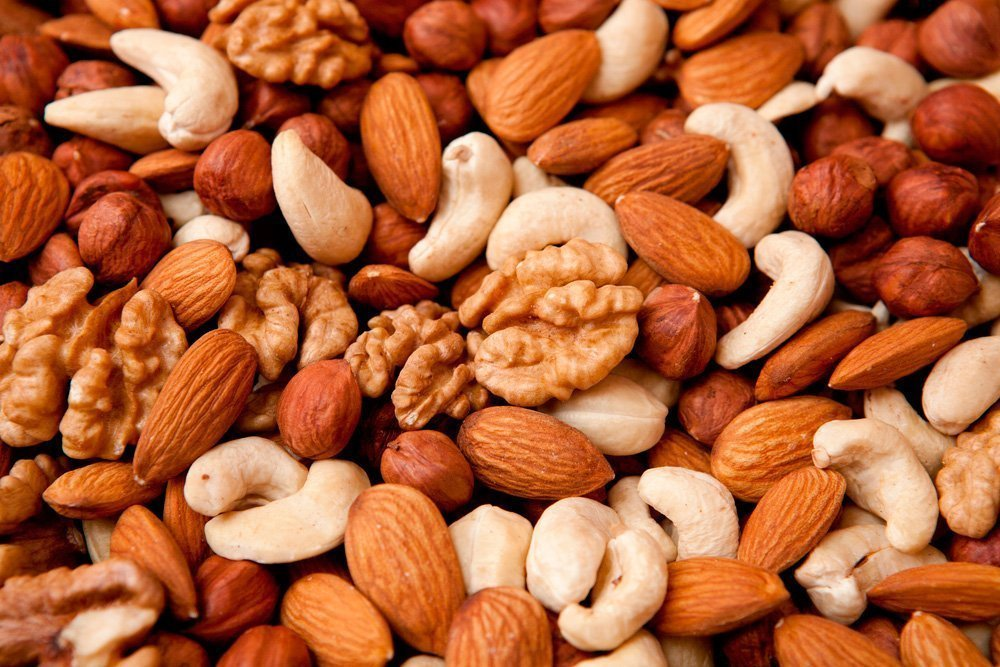 Роль орехов в питании
