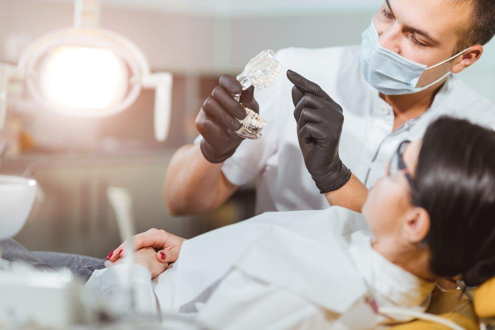 Лечение в кресле стоматолога