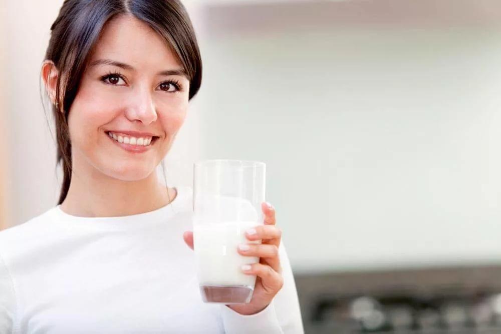 2. Отбеливание лица с помощью молока