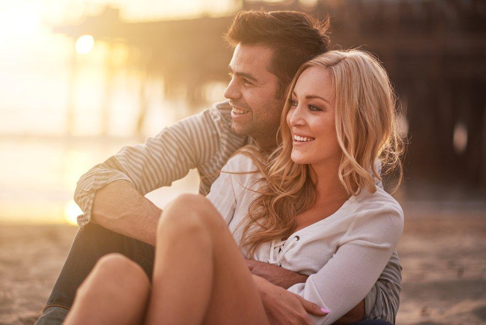 Почему мужчины заводят новые отношения? В чем их красота?