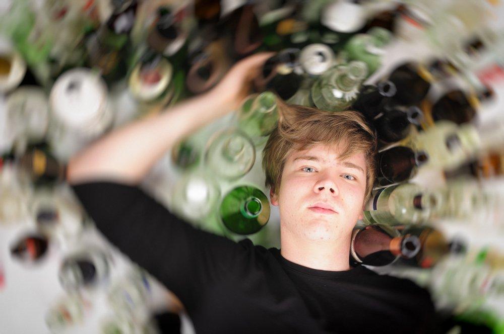 Чем опасен алкоголь для тинейджеров?