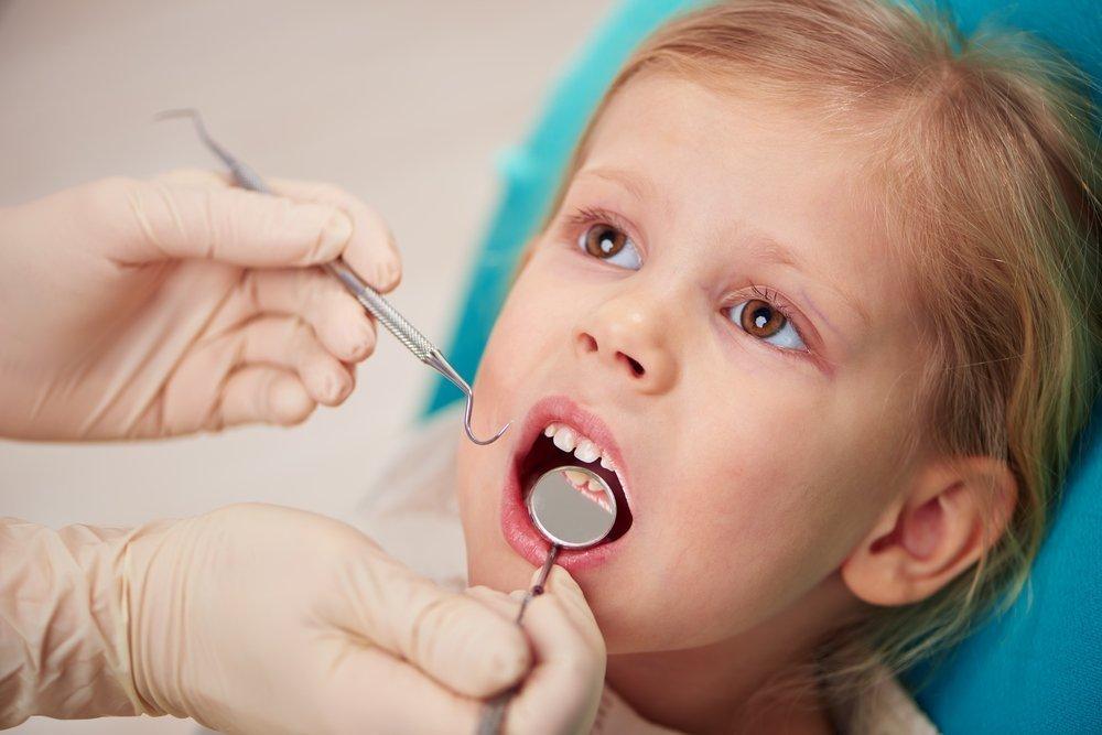 Симптомы кариеса молочных зубов у детей