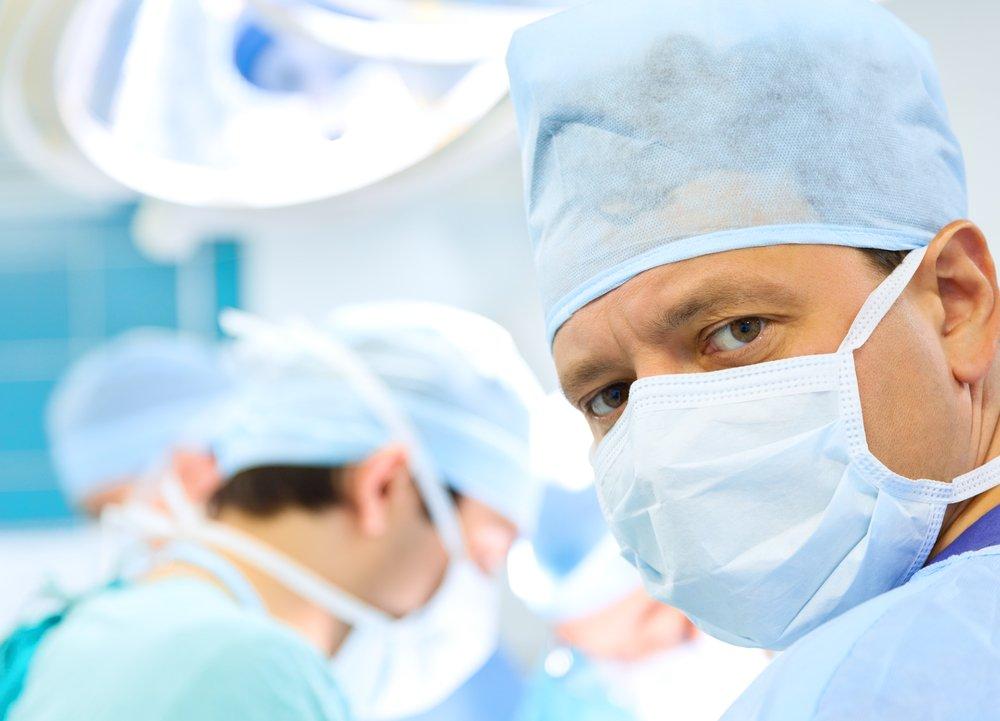 Что делает врач во время операции по удалению желчного пузыря?