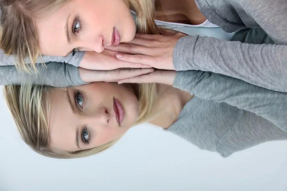 Симптомы комплекса: как проявляется дисморфофобия?