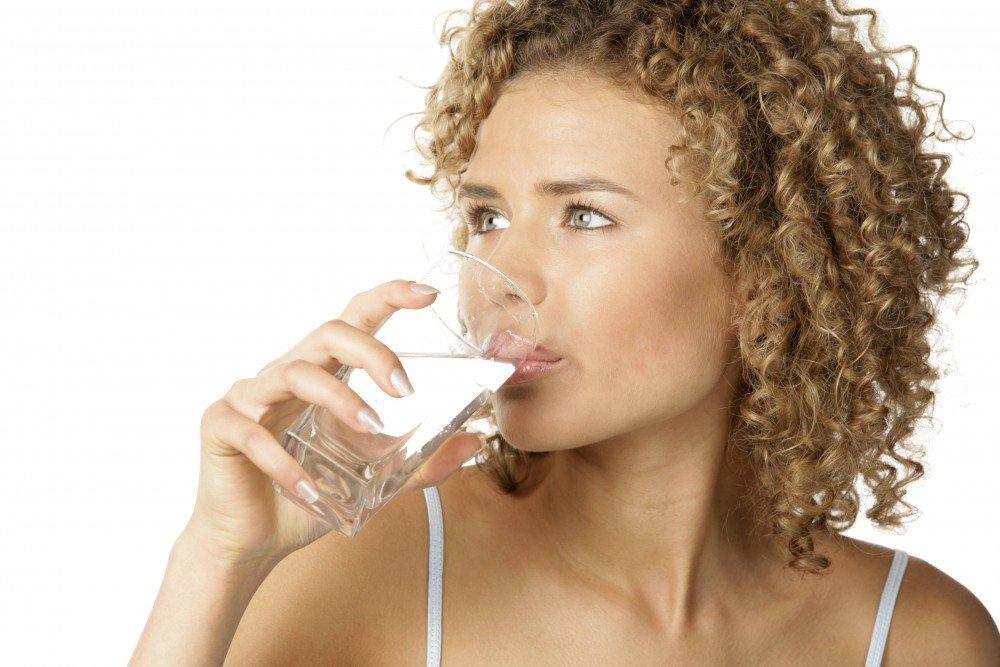 8. Привычка пить много воды