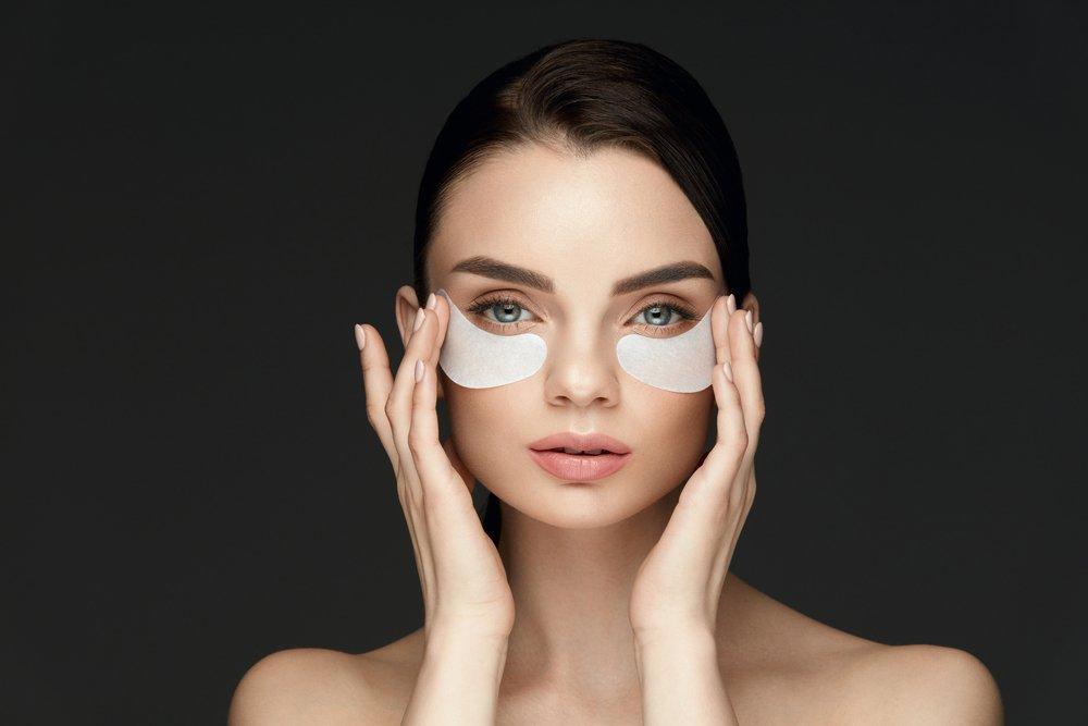 Как убрать круги под глазами косметологическим путем