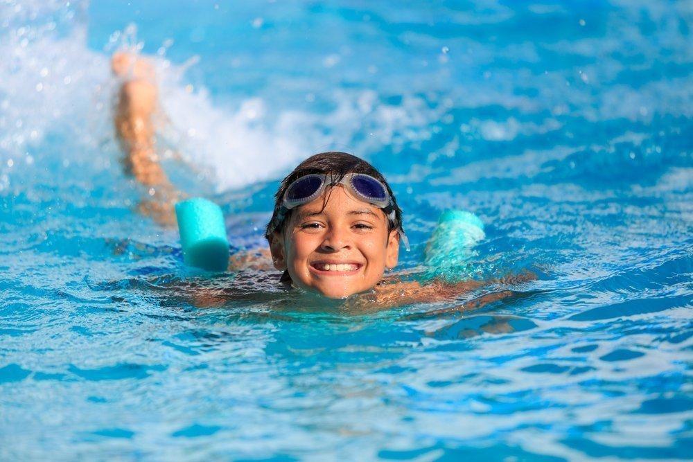 Плавание для профилактики болезней позвоночника у детей