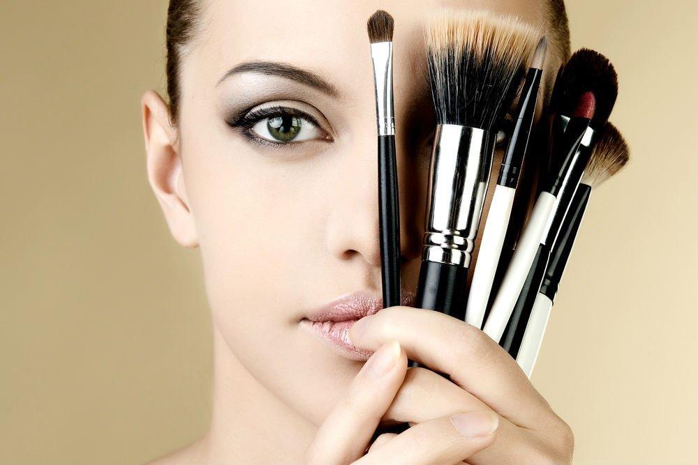 Кисти для макияжа, а не аппликаторы