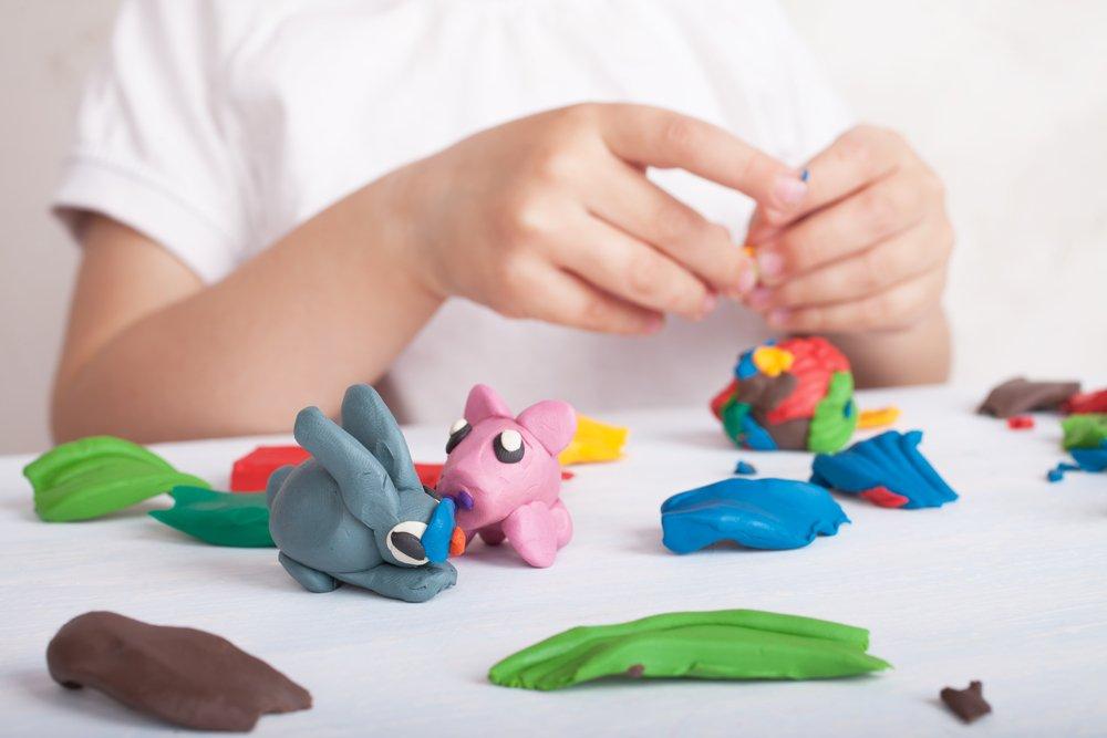 Польза лепки для малышей