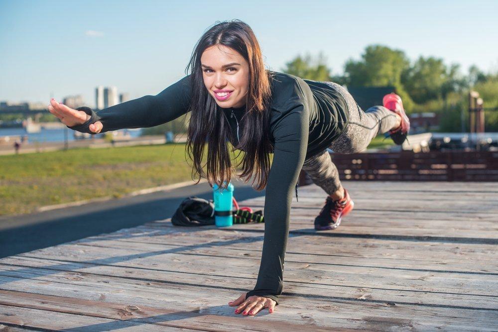 Упражнения для подтяжки мышц живота после родов