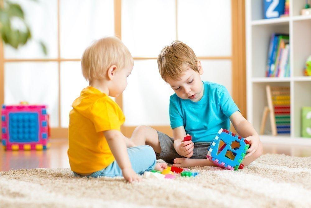 Умный малыш: игровые пособия Никитиных