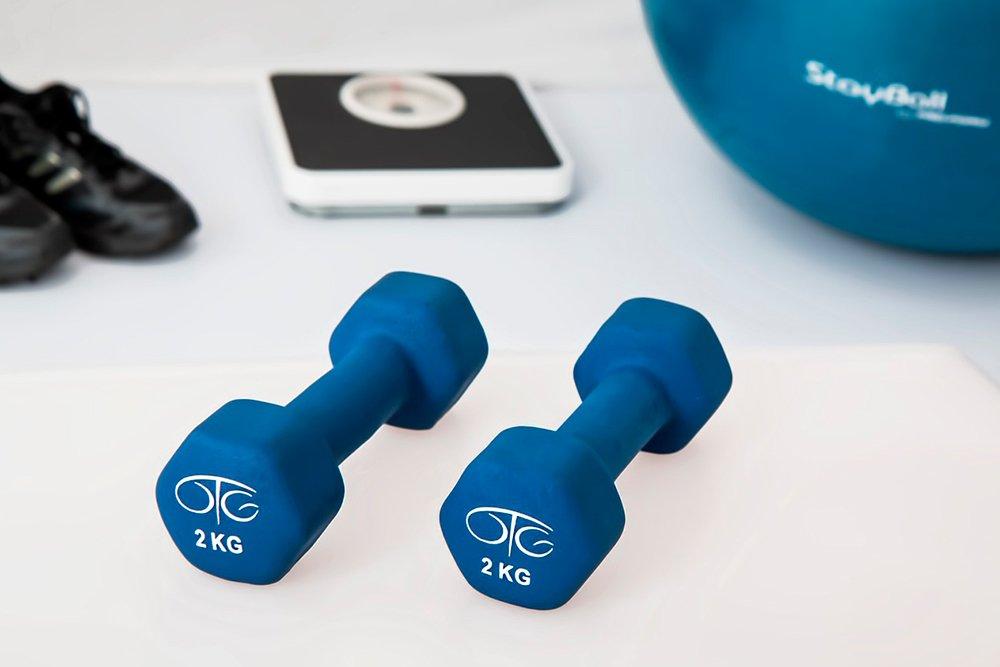Необходимый спортивный инвентарь для занятий фитнесом дома