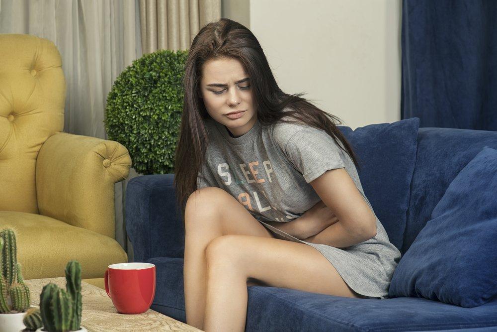 Боль и другие проявления кишечной колики у взрослых